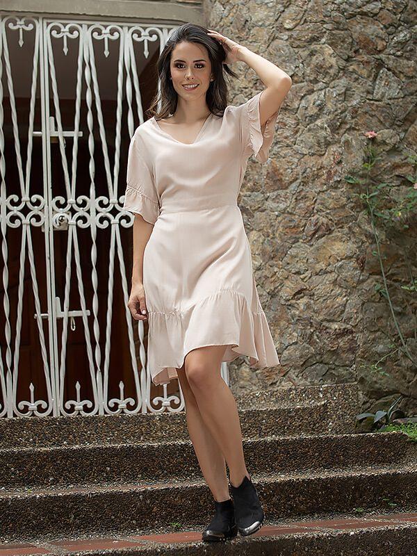 Vestido casual corto beige en colombia