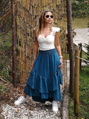 Falda larga de moda